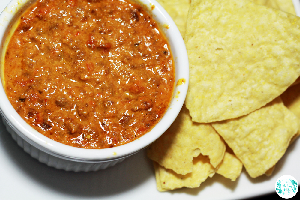 Slow Cooker Cheesy Venison Dip